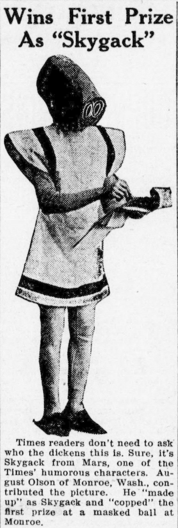 """Masquerade attendee dressed as """"Mister Skygack, from Mars"""" (1912)"""