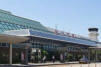 Matsuyama Airport Terminal Bldg 20090807-001.jpg