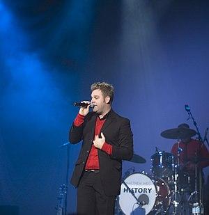 Matthew West - Matthew West at a concert on tobyMac's Winter Wonder Slam tour in December 2005