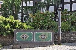 sanierter Brunnen in Mauloff