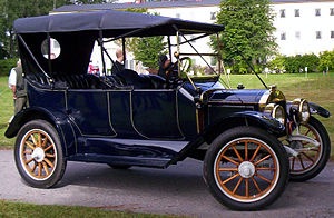 Touring car - 1913 Maxwell Model 24-4 touring car