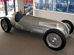 Mercedes-Benz W 125 Donington.jpg