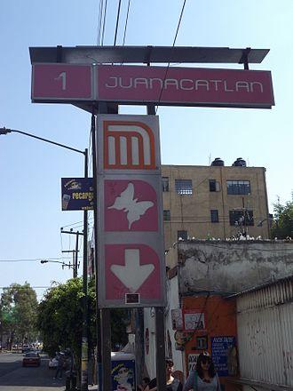 Metro Juanacatlán - Image: Metro Juanacatlan 02