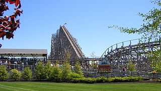 Shivering Timbers Wooden roller coaster