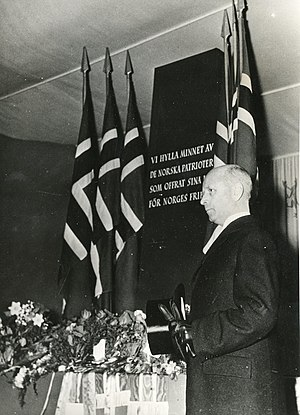 Jens Bull - Jens Bull speaking on behalf of Norway at the Norwegian exhibition in Stockholm, April 9th 1943.
