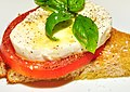 Mmm...fresh mozz on a tomato basil sammich (4812541121).jpg