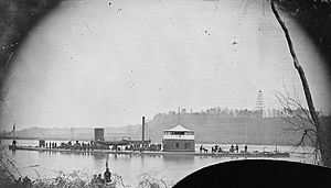 "Monitor ""Mahopac"" on the Appomattox River, 1864.jpg"