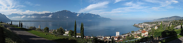 Montreux panoramic01 2014-09-20.jpg