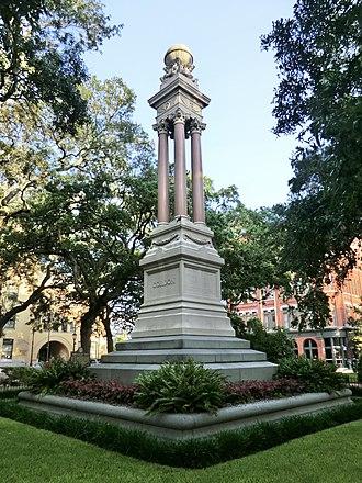 Squares of Savannah, Georgia - Monument in Wright Square