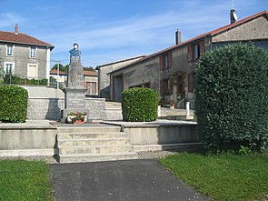Monument aux Morts de Cléry-le-Grand.jpg