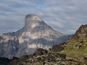 Mount Thor - Mount Thor seen from Akshayuk Pass