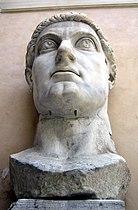 Musei Capitolini-statua di Costantino-testa-antmoose.jpg