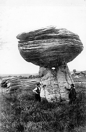 Geology of Kansas - Image: Mushroom Rock Kansas 1916