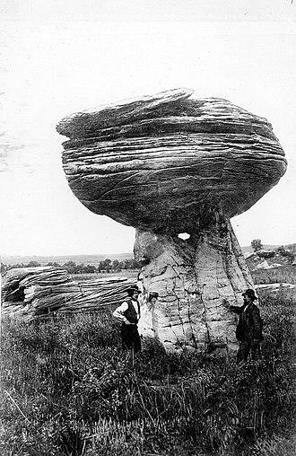Mushroom Rock State Park - Image: Mushroom Rock Kansas 1916
