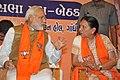 Narendra Modi and Anandiben Patel at the meeting of BJP MLAs.jpg