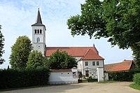 Niesky See - An der Kirche - Trinitatiskirche 01 ies.jpg