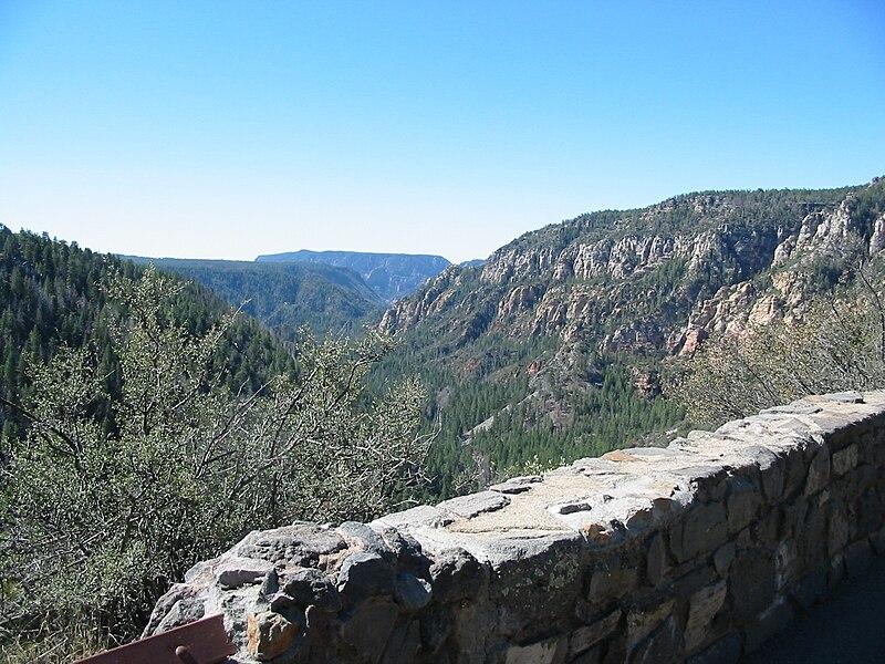 File:Oak Creek Canyon, AZ.jpg