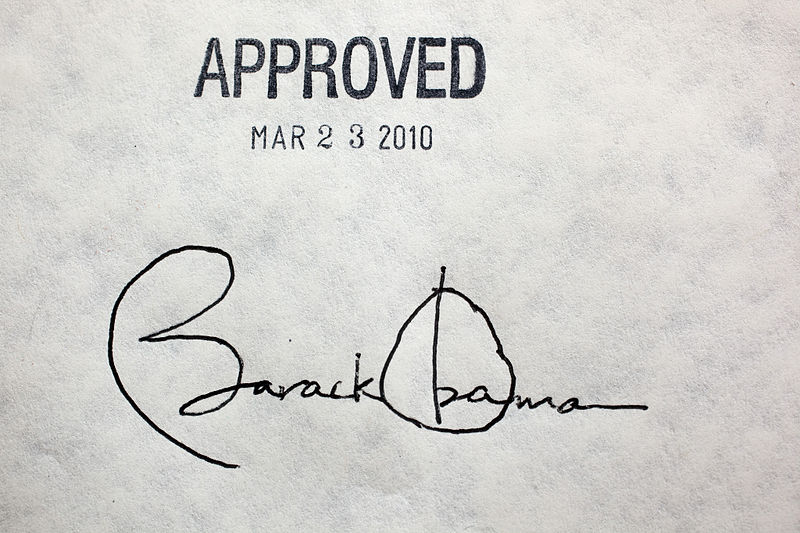 File:Obama healthcare signature.jpg