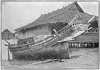 Lepa (ship) - A Sama lepa houseboat from the Philippines with an elaborately carved stern (c. 1905)