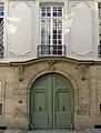 P1200840 Paris IV rue des Lions-St-Paul n3 rwk.jpg