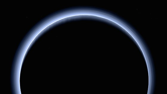 A near-true-color image taken by New Horizons after its flyby. Numerous layers of blue haze float in Pluto's atmosphere. Along and near the limb, mountains and their shadows are visible. PIA21590 – Blue Rays, New Horizons' High-Res Farewell to Pluto.jpg