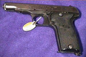 MAB Model D pistol - Image: P MAB
