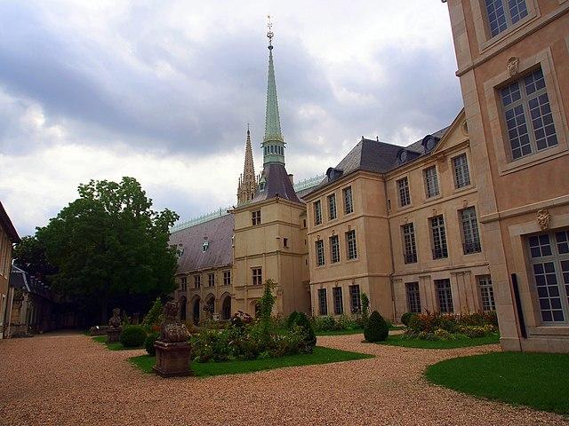 640px-Palais_Ducal%2C_pic1.JPG