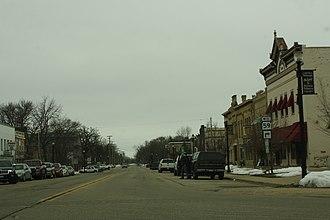 Palmyra, Wisconsin - Image: Palmyra Wisconsin Downtown Looking West WIS59