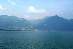 Panorama di Pisogne da Lovere (Foto Luca Giarelli).jpg