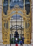 Paris Petit Palais Eingangstor.jpg