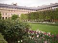 Park in Paris (15051218928).jpg