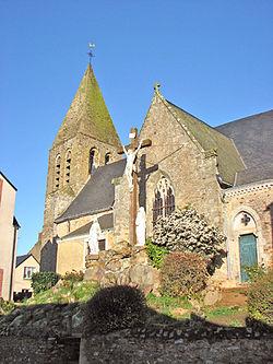 Parné-sur-Roc - Eglise St Pierre.JPG