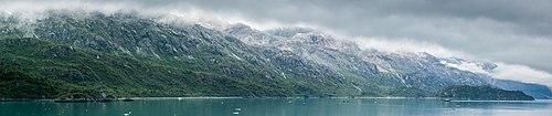 Parque Nacional Bahía del Glaciar, Alaska, Estados Unidos, 2017-08-19, DD 10-15 PAN.jpg