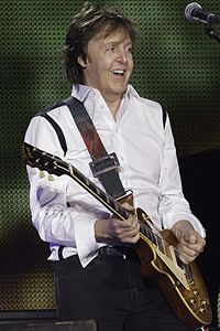Paul McCartney - Out There Concert - 140420-5941-jikatu (13950091384).jpg