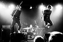 Description de l'image Peter Bjorn and John-November-2007.jpg.