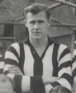 Phil Ryan (footballer, born 1925)
