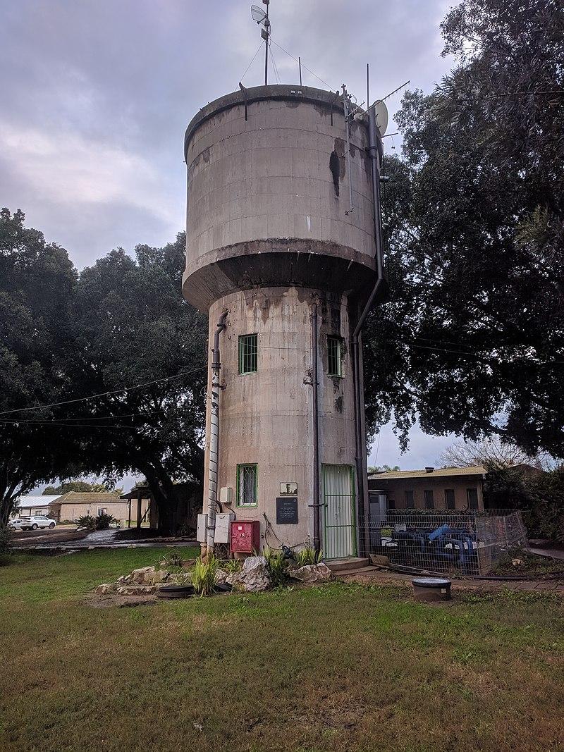 מגדל המים בעין החורש
