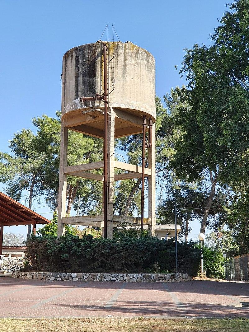 מגדל המים ברמות מאיר