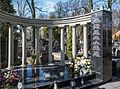 Piotrków Trybunalski stary cmentarz grób rodziny Pencina 01.jpg