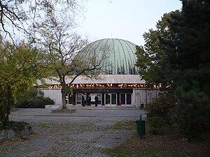 People's Park (Budapest) - The Planetarium