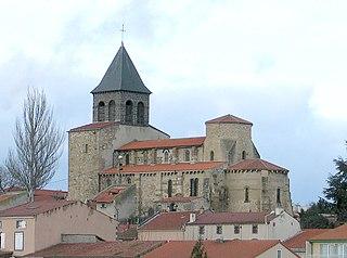 Pont-du-Château Commune in Auvergne-Rhône-Alpes, France