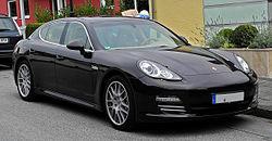 Porsche Panamera 4S (970) – Frontansicht, 20. September 2011, Wülfrath.jpg