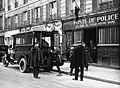 Poste de police, Quartier Notre-Dame, Paris, 1928.jpg