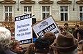 Praha, Václavské náměstí, Demonstrace 2011, trhy jsou hloupé.jpg