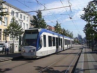 Brouwersgracht RandstadRail station - Image: Prinsegracht Den Haag met Randstadrail