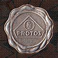 Protos Logo Prägedruck Pappschachtel.jpg