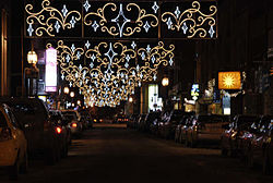 Public Christmas lights, rue Notre-Dame, city of Joliette, Lanaudiere region, Quebec, Canada (2007).JPG