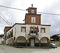 Puerto de San Vicente-Ayuntamiento.jpg