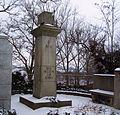 Röderau Friedhof Denkmal WW I.JPG