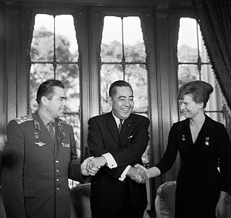 Andriyan Nikolayev - Image: RIAN archive 68289 Nikolayev, Tereshkova and Sato